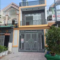 Nhà sổ hồng riêng 90m2 gần chợ Bình Chánh hỗ trợ vay 50%