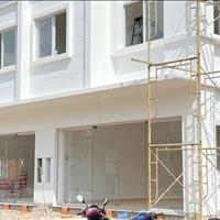 Bán nhà phố thương mại shophouse Bến Cát - Bình Dương giá 1.55 tỷ đối diện Đại học Việt Đức