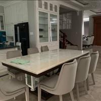 Cho thuê căn góc 2 mặt tiền, KDC Cityland Garden Hill, phường 5, Gò Vấp, 200m2, giá 69 triệu/tháng