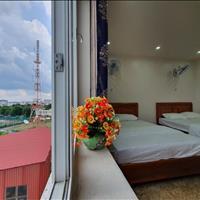 Căn hộ mới xây dựng view công viên Hoàng Văn Thụ - gần sân bay