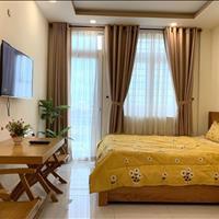 Cho thuê căn hộ Quận 3 -  Lê Văn Sỹ giao Trần Quang Diệu ban công siêu rộng giá 9 triệu