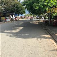 Kẹt tiền chuyển nhượng đất nền Phan Văn Mảng, trung tâm Bến Lức, sổ hồng riêng, giá rẻ, gần chợ