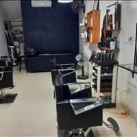 Sang nhượng cửa hàng salon tóc 35 m2 mặt tiền 4 m khu đô thị Văn Phú, Hà Đông Hà Nội