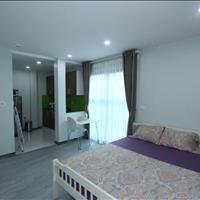 Giảm giá 30% cho mùa dịch, căn hộ chính chủ đủ đồ, thoáng đẹp, nội thất mới, ở Văn Cao, Liễu Giai
