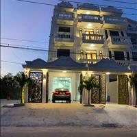 Bán nhà mặt tiền Nguyễn Thị Hương 5 x 17m, 3 lầu, sân thượng, 5 PN, Huỳnh Tấn Phát, thị trấn Nhà Bè