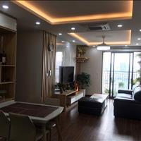 Tôi cần bán gấp căn hộ 1203 tòa A7, 90m2 3 phòng ngủ 1 phòng khách, ban công Nam view trực diện hộ
