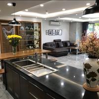 Cần bán căn hộ Scenic Valley 130-133m2, 3 phòng ngủ, 3 WC nhà đẹp ở liền