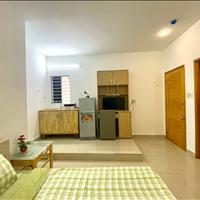 Cho thuê căn hộ studio thiết kế xinh xắn full tiện nghi ngay trung tâm quận 3