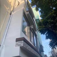 Bán gấp nhà nhỏ 1 trệt 2 lầu đường Trần Đình Xu, 25m2, sổ hồng riêng, giá 1 tỷ 650 triệu
