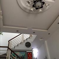 Bán gấp nhà đẹp đường Phạm Văn Chí, Quận 6, 4x10m, 3.5 tấm
