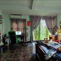 Bán nhà Xuân La, ô tô đỗ, diện tích 52m2, 4 phòng ngủ, mặt tiền .6m, chỉ 3.85 tỷ