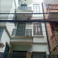 Chính chủ cần bán gấp nhà 3 tầng, diện tích đất 90m2, vị trí đắc địa, giá thỏa thuận