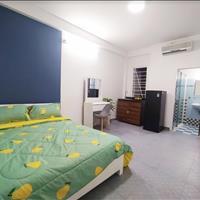 Căn hộ cho thuê full nội thất cao cấp mặt tiền Trương Định Quận 3 - gần công viên Tao Đàn