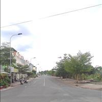 Bán 3 lô đất mặt tiền Nguyễn Hữu Thọ, Quận 7 đối diện trường ĐH Tôn Đức Thắng, giá 2.3 tỷ 100m2