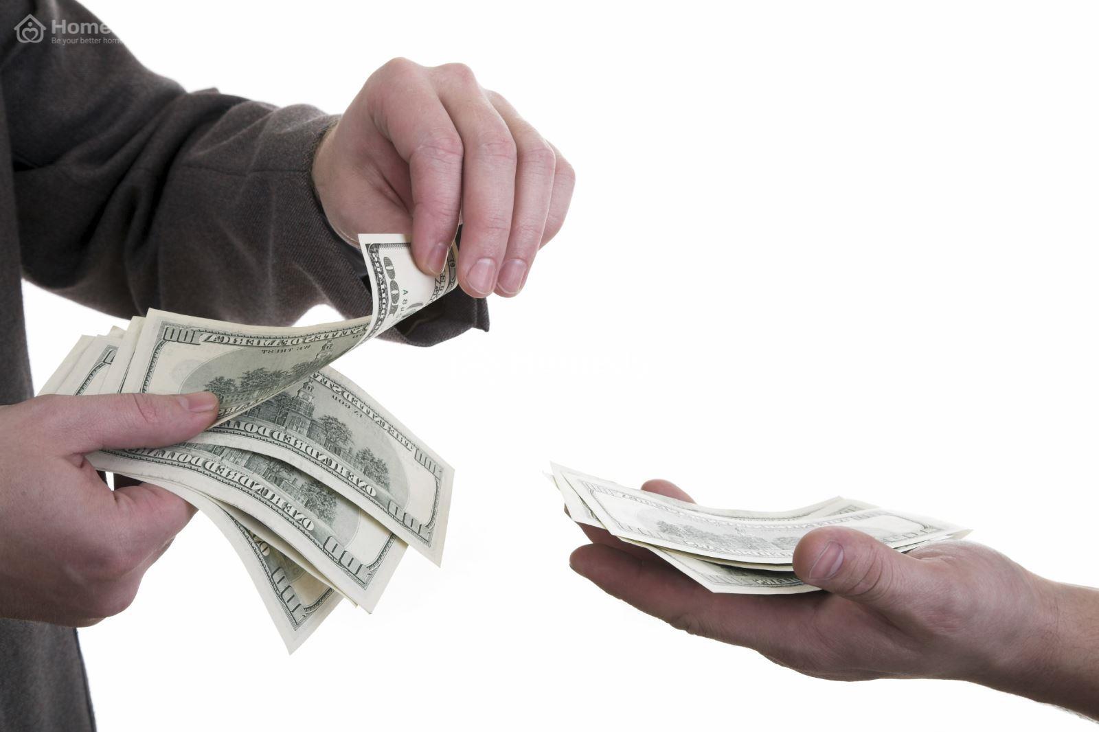 Số tiền cọc có thể tùy thuộc vào giá trị của ngôi nhà hoặc căn phòng