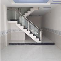 Bán nhà riêng quận Bình Chánh - TP Hồ Chí Minh giá 900tr, khu vực dân cư, tiện ích đầy đủ, đường 5m