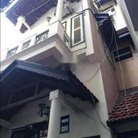 Bán nhà biệt thự nhỏ công viên Hòa Bình, diện tích 65m2, mặt tiền 5m, giá hơn 4 tỷ