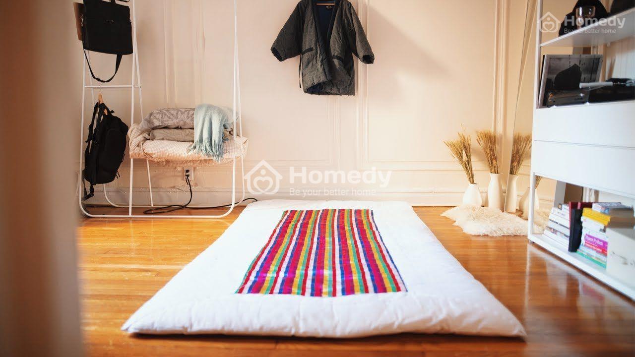 Trang trí phòng ngủ nhỏ cho nữ không giường