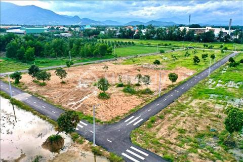 Bán đất ven TP Nha Trang gần đại lộ Võ Nguyên Giáp, giá chỉ 530tr/nền, sổ đỏ thổ cư, NH cho vay 70%