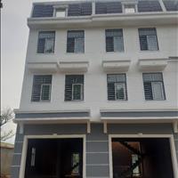 Nhà phố giá 2.9 tỷ, 1 trệt 2 lầu diện tích 217m2 mặt tiền chợ Hội Nghĩa