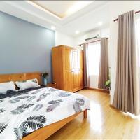 Cho thuê căn hộ 1PN - phòng bếp riêng biệt Nguyễn Trãi Quận 1 - sàn gỗ cao cấp, ban công thoáng mát