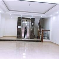 Bán nhà Vĩnh Phúc diện tích 50m2, 6 tầng, mặt tiền 6m, giá 10.5 tỷ, gara ô tô, thang máy