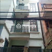 Chính chủ cần bán gấp nhà 3 tầng, diện tích 90m2, ngay phường Quan Hoa, Cầu Giấy