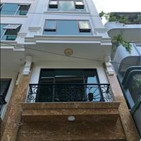 Cần bán rất gấp căn nhà vừa mới xây, 7 tầng thang máy gần trung tâm Hà Nội