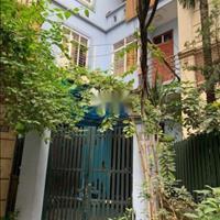 Bán nhà diện tích 101m2 giá 5.2 tỷ, lô góc, 5m ra phố, Khương Đình, Thanh Xuân