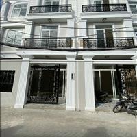 Dãy nhà phố 3 tầng sát Đại học Luật, ngay cầu Bình Lợi, Phạm Văn Đồng, Thủ Đức giá chiết khấu cao