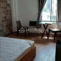 Cho thuê gấp căn hộ dịch vụ đầy đủ nội thất cao cấp, khu dân trí cao, Tân Định, Quận 1