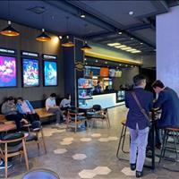 Bán sàn thương mại đang cho rạp chiếu phim Lotte thuê