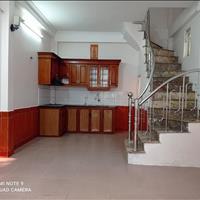 Bán nhà riêng quận Long Biên - Hà Nội giá 2 tỷ