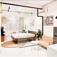 Cho thuê căn hộ 1 phòng ngủ bếp riêng Quận 1 - Đầy đủ nội thất ngay trung tâm đi quận nào cũng tiện