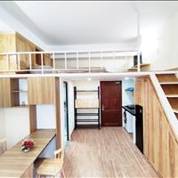 Căn hộ Duplex siêu đẹp full gỗ cao cấp nằm ngay CMT8 - Quận 3 thuận tiện di chuyển các quận Sài Gòn