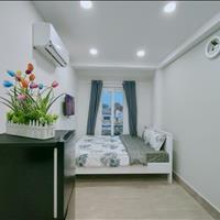 Căn hộ mới 100% full nội thất, cửa sổ bancol thoáng mát gần ĐH Sài Gòn, Quận 5