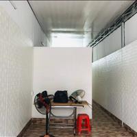 Cho thuê nhà mặt tiền 2PN, khu Hòn Rớ (gần cầu Bình Tân) Nha Trang - Giá chỉ 2.5 triệu/tháng