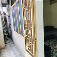 Cho thuê nhà hẻm xe máy Trần Nguyên Hãn, trung tâm TP Nha Trang ngay chợ Xóm Mới. Giá 4tr/ tháng