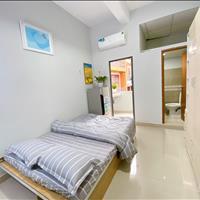 Cho thuê căn hộ gần vòng xoay lý thái tổ quận 3 giáp q10 hướng ra vòng xoay dân chủ có nội thất