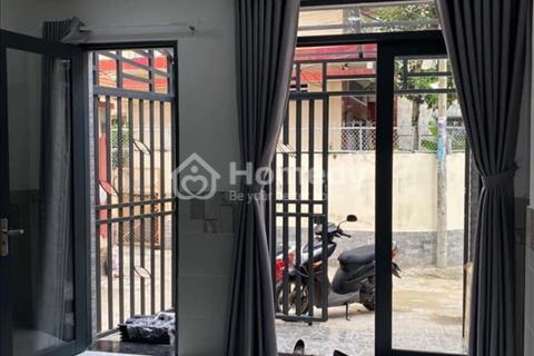 Bán căn nhà phố đúc 3 tấm kiên cố, hẻm xe hơi quay đầu. Q Phú Nhuận, Chính Chủ bán 5.6 tỷ.