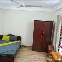 Cho thuê lâu dài căn hộ mini 32m2 tại 28 ngõ 429 Thụy Khuê, bếp khu vệ sinh sạch sẽ tiện nghi