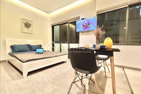 Cho thuê căn hộ ban công sát Cầu Nguyễn Văn Cừ Q1 - gần cc Goldview Q4