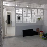Cho thuê nhà 70m2 trệt sát Quận 1, 2 phòng ngủ 2 toilet riêng chính chủ