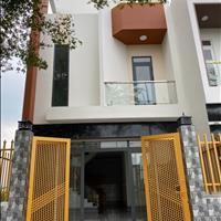 Bán nhà mặt phố huyện Cần Đước - Long An giá 900 triệu