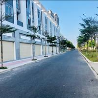 Giá tốt nhà phố 4 tầng view phố đi bộ và đối lưng sân golf quốc tế cách biển chỉ 500m.