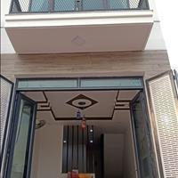 Chính chủ cần bán gấp nhà riêng 38m2 Cao Văn Lầu P2 Q6 có sổ hẻm xe hơi nhà đẹp còn mới