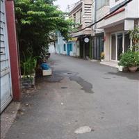 Bán nhà riêng khúc giao Hòa Bình 40m2 - 2 tầng - tặng nội thất - hẻm trước nhà gần 5m