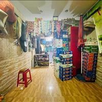 Bán nhà mặt tiền Lạc Long Quân, Phường 8, Tân Bình, 30m2, 3 tầng, giá chỉ 5,1 tỷ còn thương lượng
