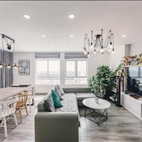 Cần bán căn hộ Penthouse 3 lầu, có sân thượng riêng, full nội thất 276m2