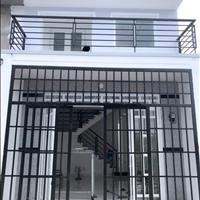 Cần tiền bán gấp nhà 40m2 1 lầu 2PN 2WC Thạch Lam Phú Thạnh Tân Phú.Hẻm 4m.Gần chợ.Có sổ.Giá 1tỷ855